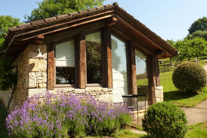 authentique gite pierre du sud ouest de la france 4km de sarlat. Black Bedroom Furniture Sets. Home Design Ideas