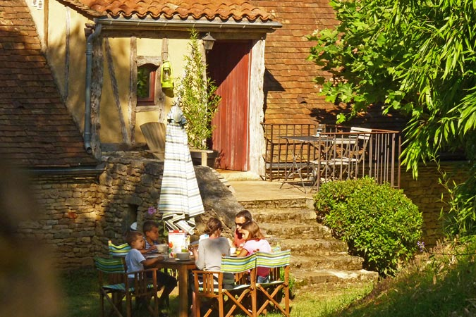 Family holiday in a village of gites in the Dordogne