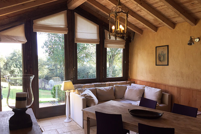 Living room in the Clos du Berger gite, Sarlat in the Dordogne