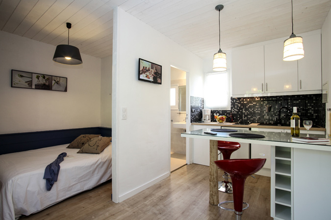 Modern interior decoration at the Thistle studio apartment, Sarlat