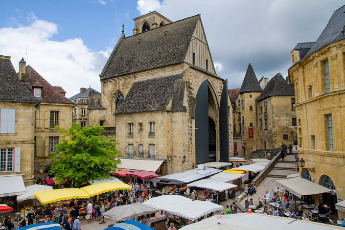 Market day in the medieval town of Sarlat