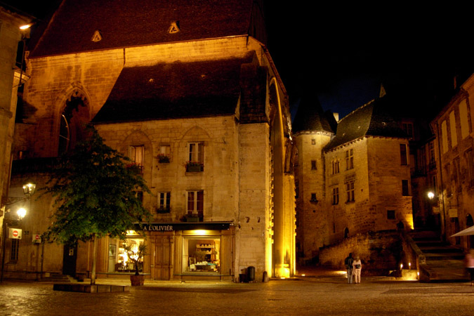 The medieval town of Sarlat in the Périgord by night