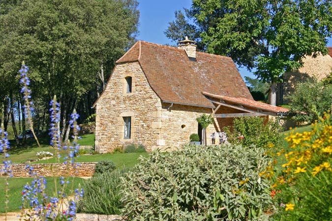 Gite for 5 guests, the Petite Borde in the Hameau du Sentier des Sources in Sarlat